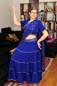 Blå kjol och choli